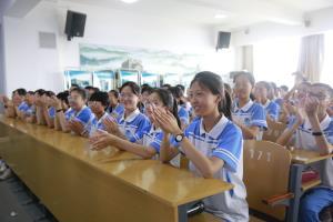 邢台市店:邀请专家为中考学生减压
